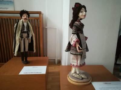 papusile dobrogei elena orbocea muzeul de arta populara constanta