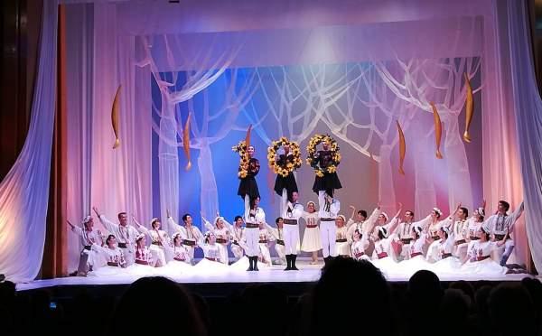 centenarul marii uniri un centenar de muzica romaneasca teatrul oleg danovski