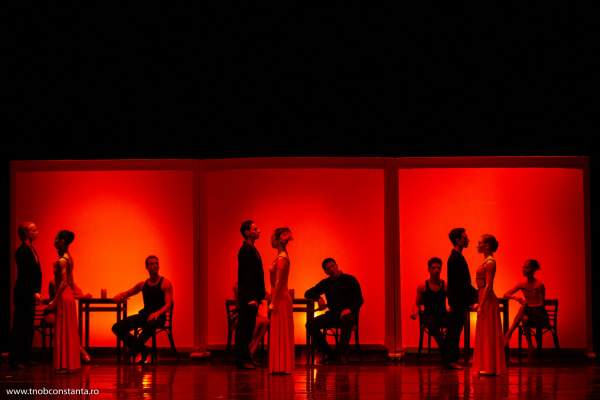 l heure d or de Paris teatrul Oleg Danovski