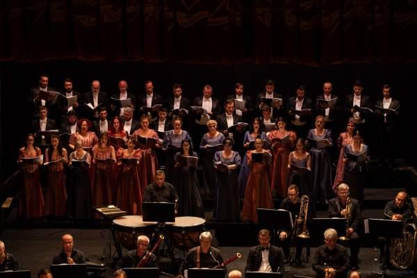 teatrul oleg danovski cor