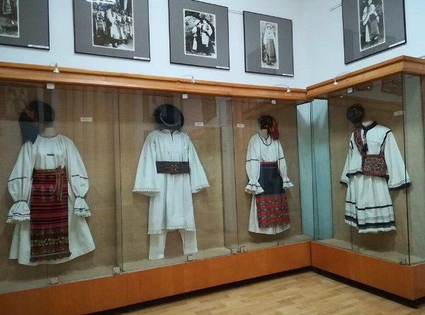 Ziua Natională a Portului Traditional Muzeul de Arta Populara Constanta