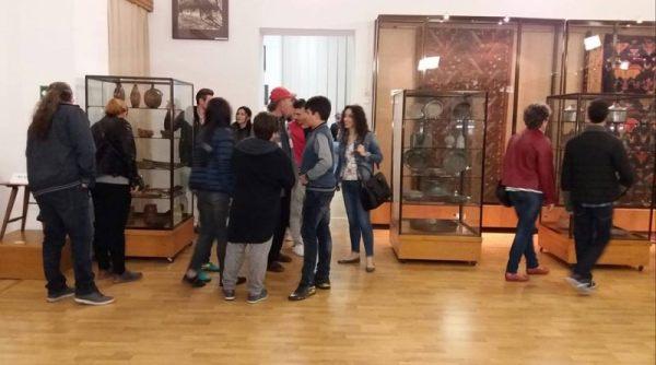 noaptea-muzeelor-arta-populara