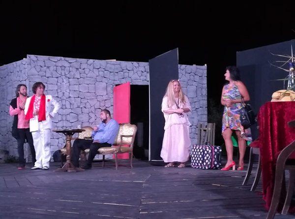 incurca lume seri de teatru la pontul euxin