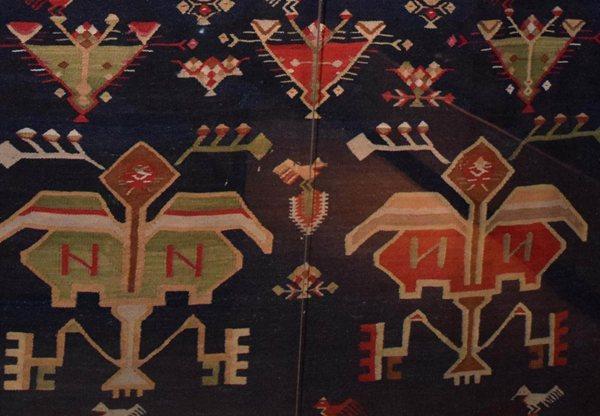 detaliu scoarta pomul vietii moldova nord muzeul de arta populara constanta