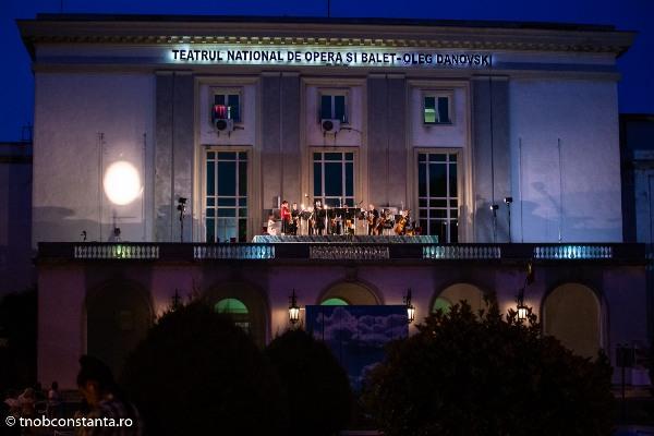 marea si muzica teatrul oleg danovski