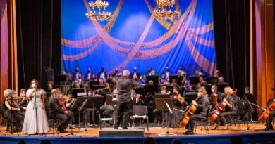 daniela vladescu si orchestra teatrului oleg danovski