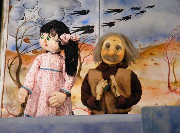 anotimpuri cu povesti teatrul calutul de mare