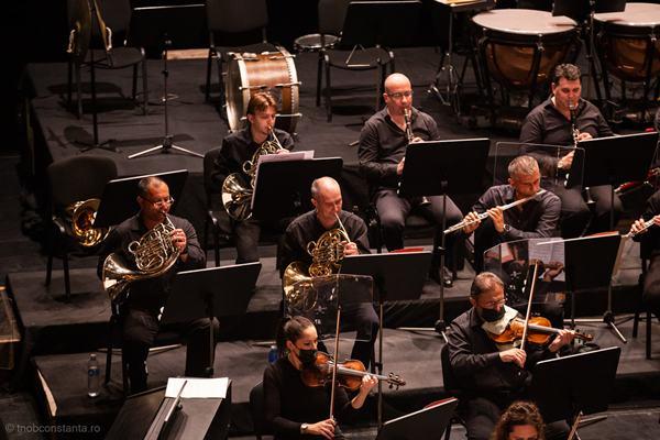 orchestra teatrul oleg danovski